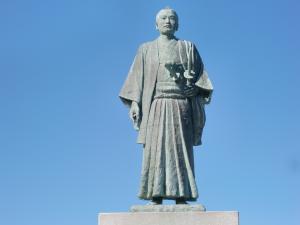 武市瑞山銅像 - 高知市公式ホームページ