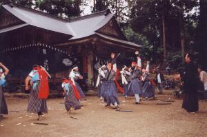 文化財情報 民俗文化財 土佐の太刀踊(大利太刀踊) - 高知市公式ホームページ